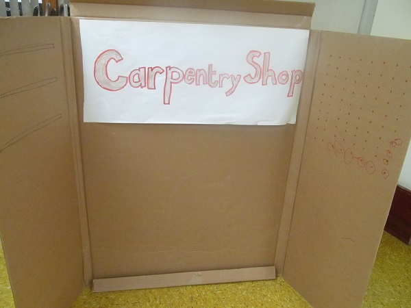 cardboard scenery - carpentry shop